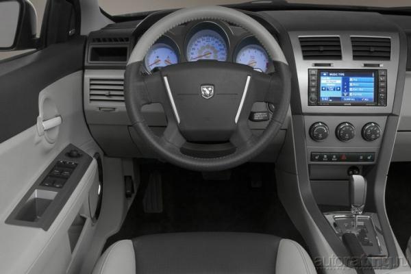 В поисках золотой середины / Тест-драйв Chevrolet Epica, Dodge Avenger, Ford Mondeo, Mazda 6 и Peugeot 407