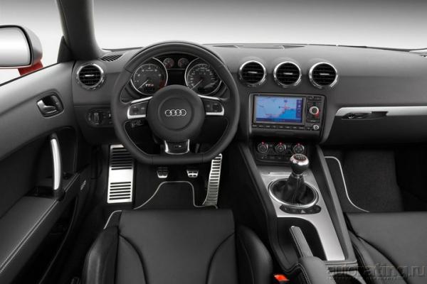 Под открытым небом / Тест-драйв Audi TT Roadster