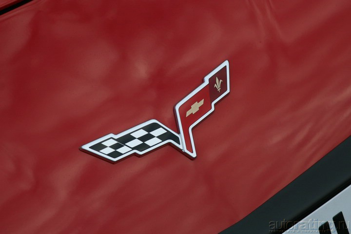 Chevrolet Corvette C6 – и красота и страшная сила