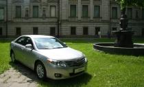 Toyota Camry: немного хромированной косметики