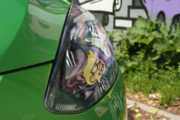 Женский автомобиль с мужским характером. Начинается выпуск новой Mazda 2