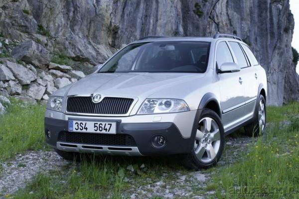 Родственнички / Тест-драйв SEAT Altea XL Freetrack и Skoda Octavia Scout