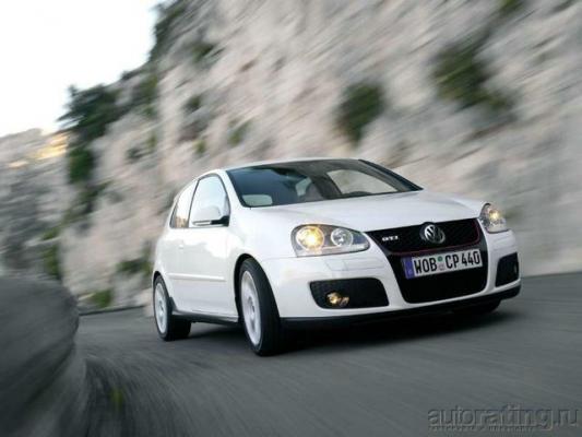 Боевые двести / Тест-драйв BMW 130i, Ford Focus ST, Opel Astra OPC, Skoda Octavia RS и Volkswagen Golf GTI