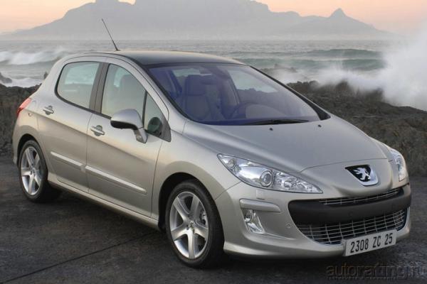 Пижонистый семьянин / Тест-драйв Peugeot 308