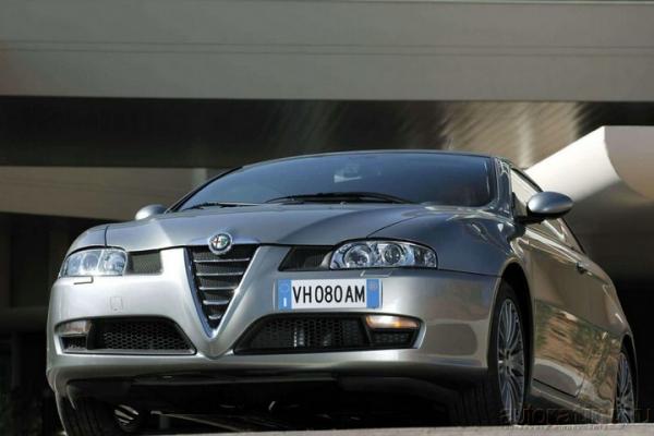Приступ нарциссизма / Тест-Драйв Alfa Romeo GT
