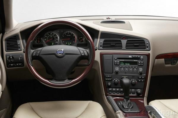 Триумвират / Тест-драйв Audi Allroad, Subaru Outback, Volvo XC70