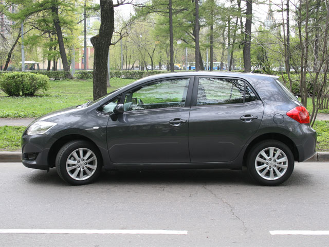 Тойота аурис 2007 фото