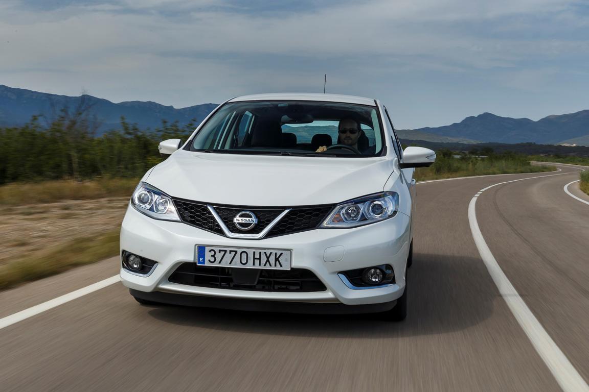 Nissan Tiida 2015