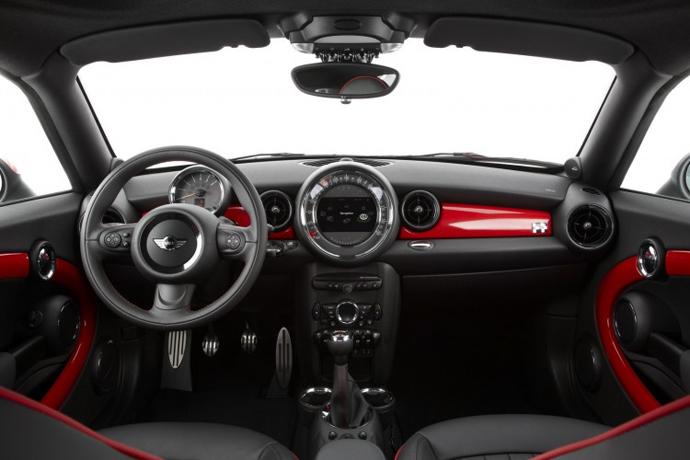 MINI CoupeS.jpg