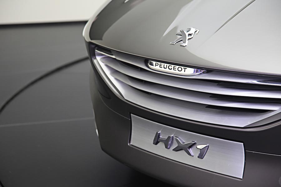 Peugeot на автосалоне во Франкфурте 2011