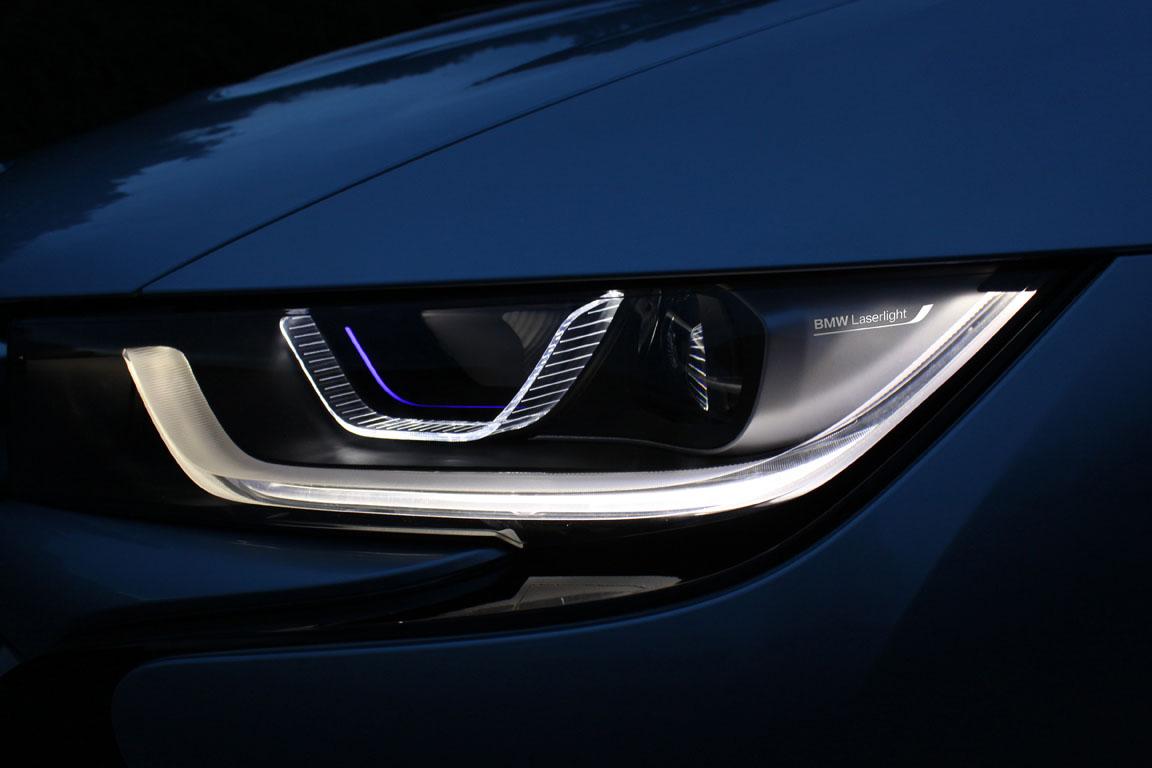 BMW i8 Лазерные фары