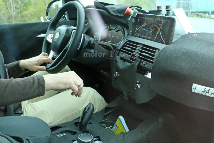 Новый БМВ X3 получит цифровую приборную панель