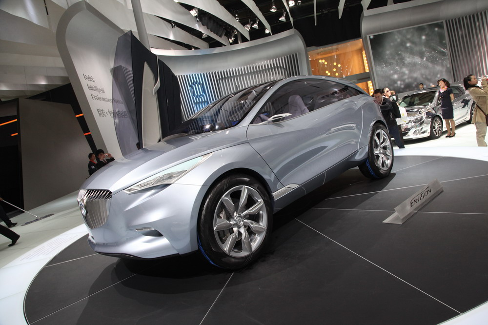 Концептуальный кроссовер Buick в Шанхае