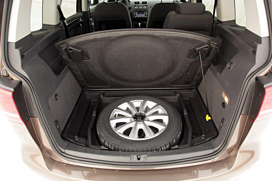 Volkswagen Touran: Семьянин