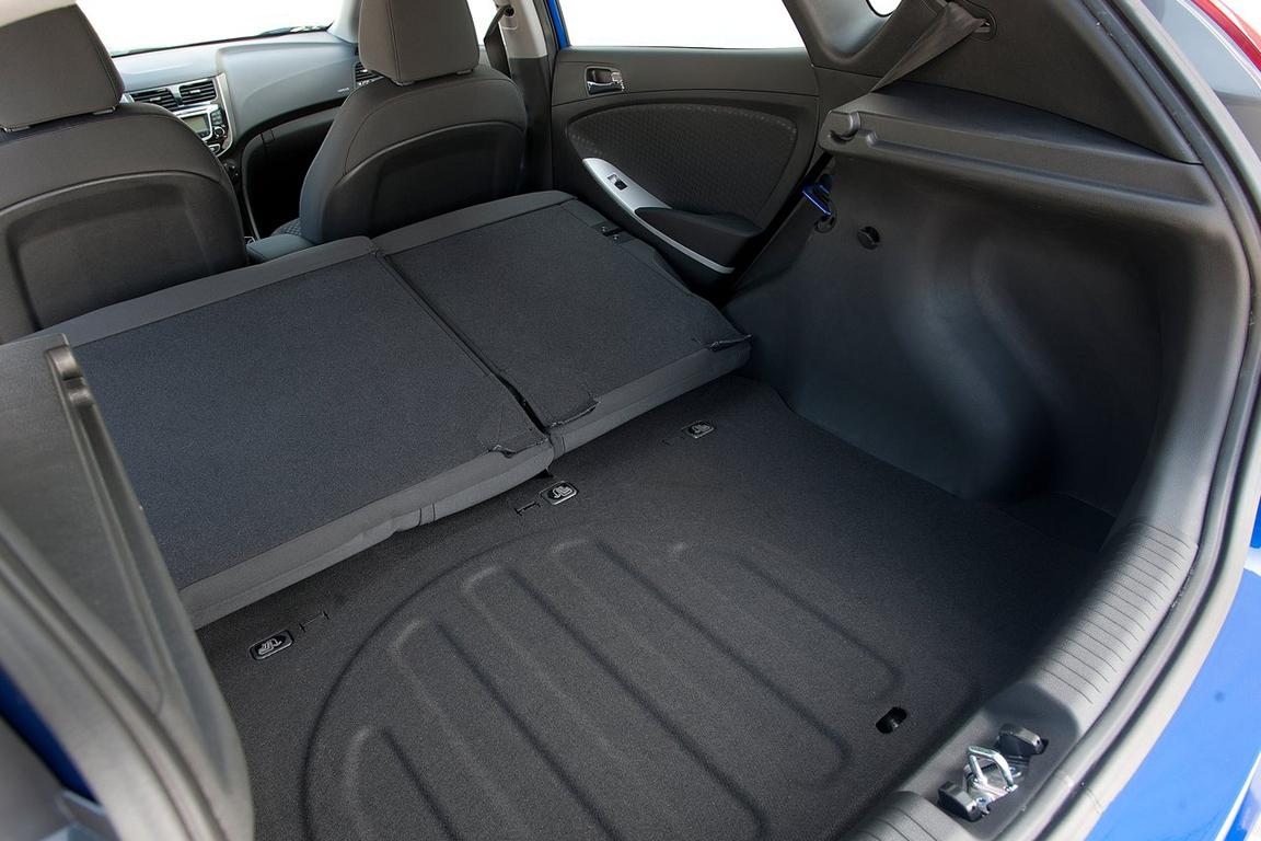 Hyundai Solaris Hatchback / Хендай Солярис Хэтчбек