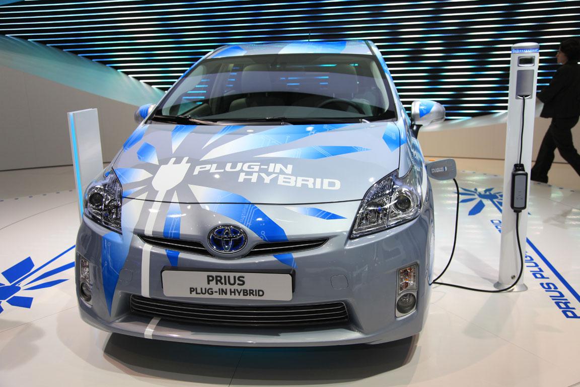 Toyota на Парижском автосалоне 2010