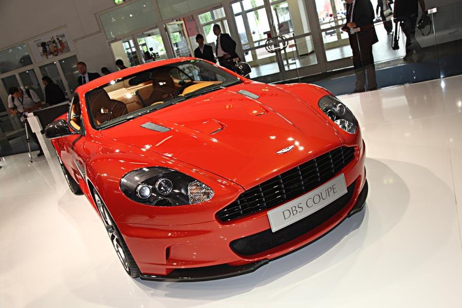 Aston Martin на автосалоне во Франкфурте 2011