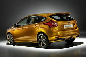 Ford-Focus_ST_2012_1280x960_wallpaper_03.jpg