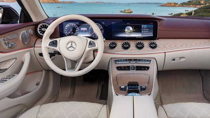 Названы рублевые цены накабриолет Mercedes E-Class обновленного поколения