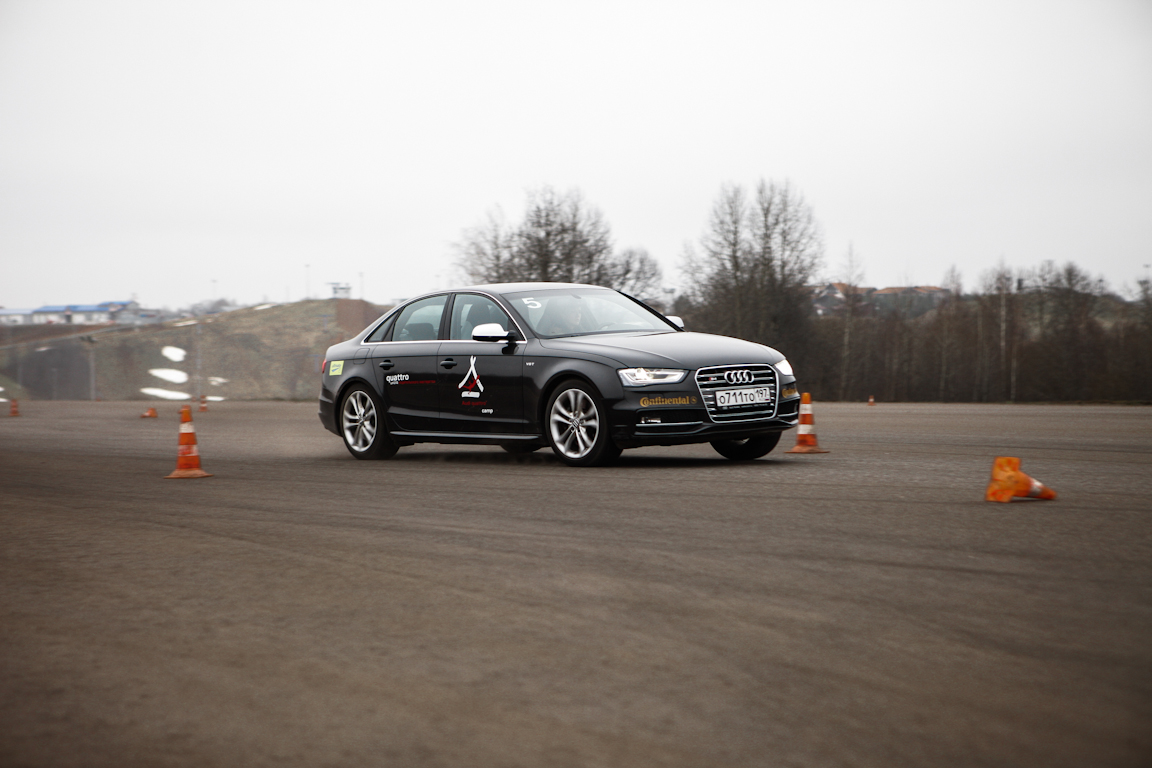 Audi_Accident_Prevention_Training_in_Yakhroma_05.jpg