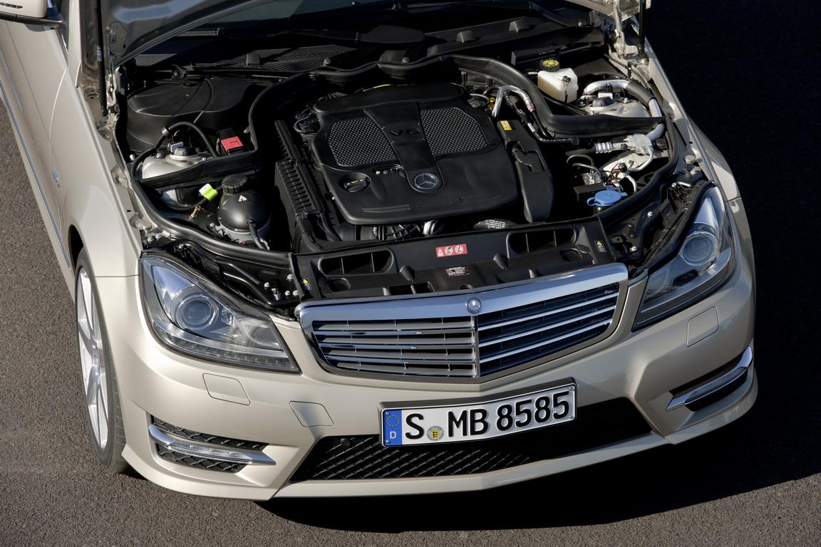 Mercedes-BenzC-Class_08.jpg