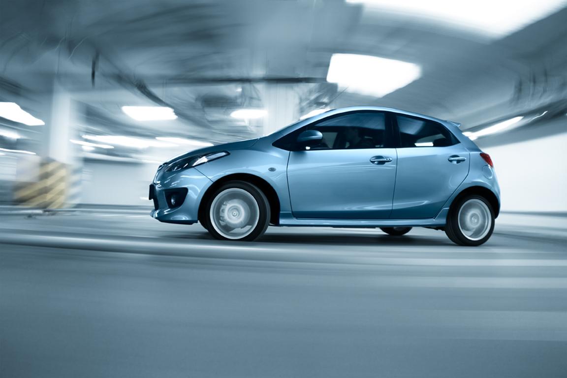 Mazda2: спортивная и обаятельная
