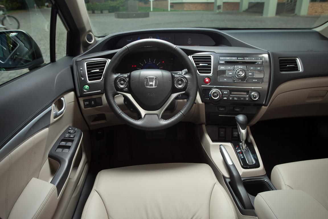 Honda_Civis_4d_Moscow-11.jpg