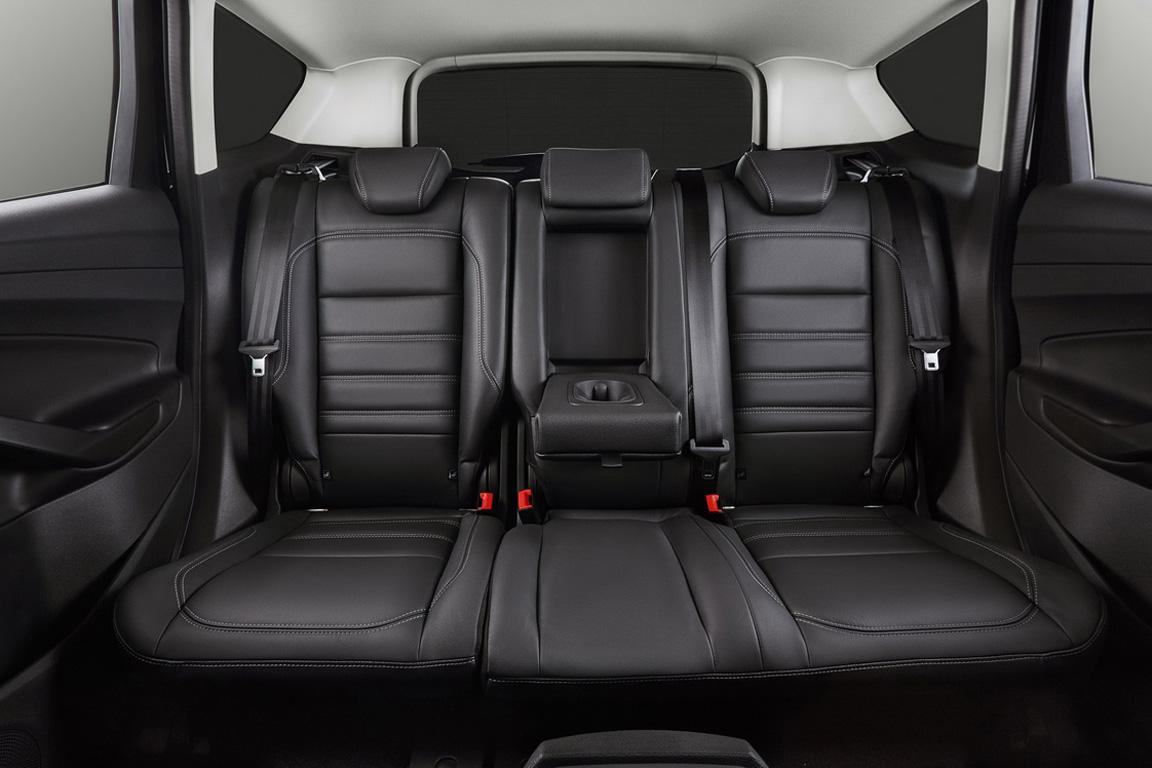 Ford Kuga Задний ряд сидений