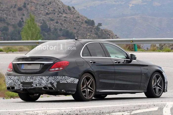Mercedes-Benz С63