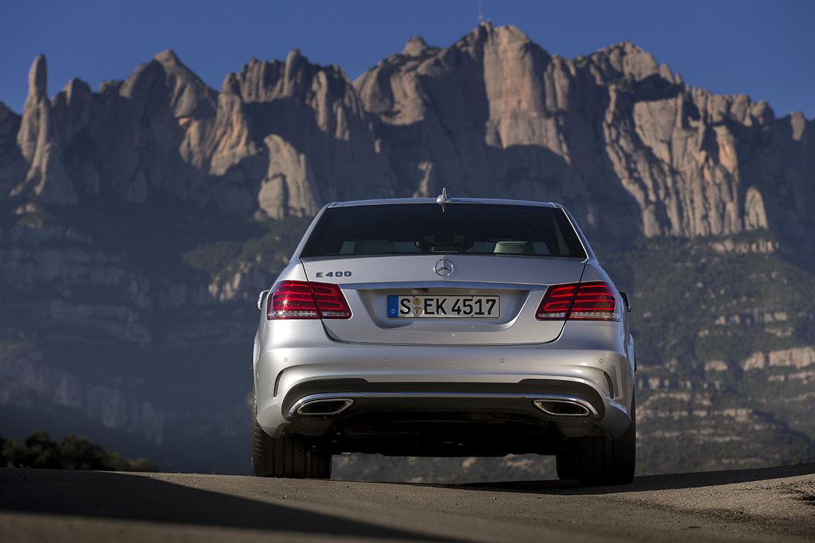 Mercedes-Benz E-сlass: Стандарт качества