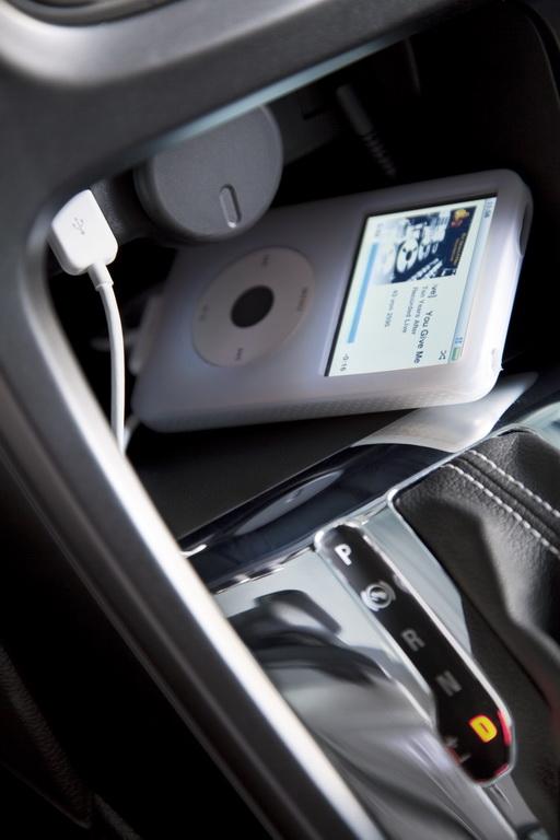 Opel Astra Sports Tourer:Практичное дополнение