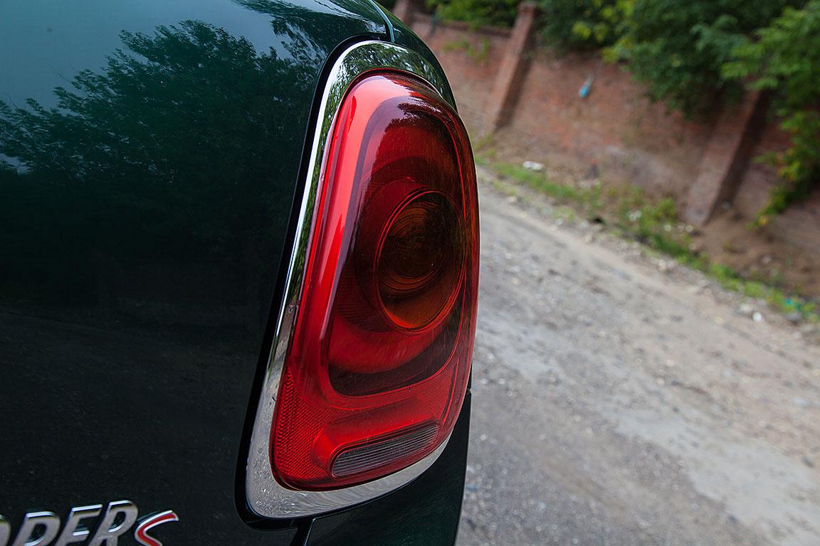 Mini Cooper S: Вне формата