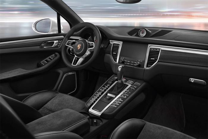 Компания Porsche представила обновленный Macan