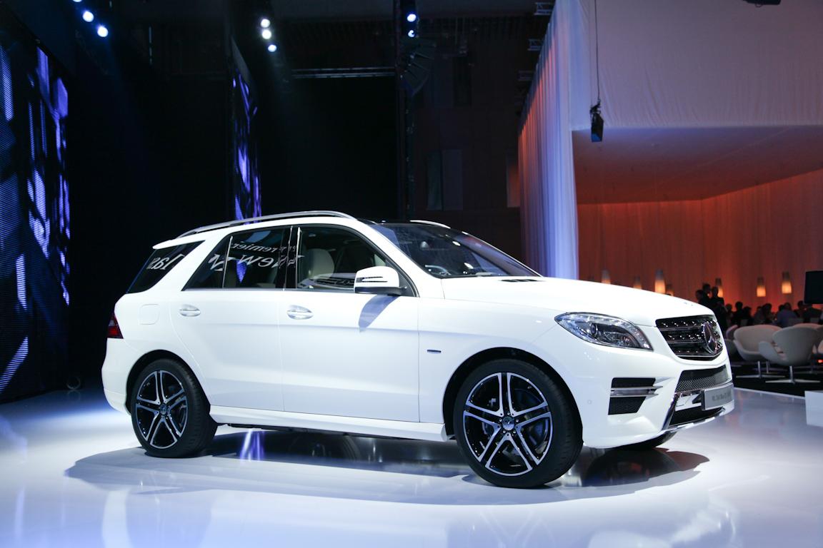 Mersedes-Benz-M-class_2011_07.jpg