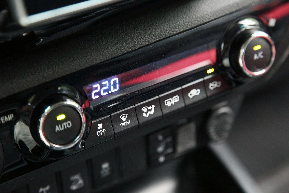 Toyota Hilux: Люкс ему к лицу