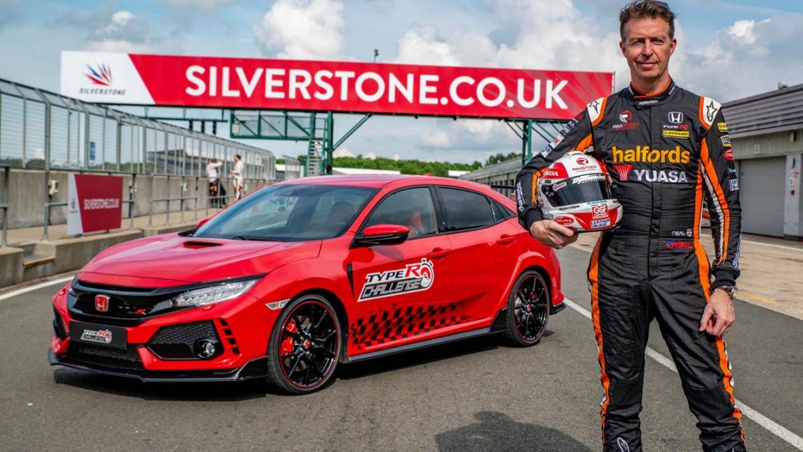 Honda Civic Type R продолжает штамповать рекорды
