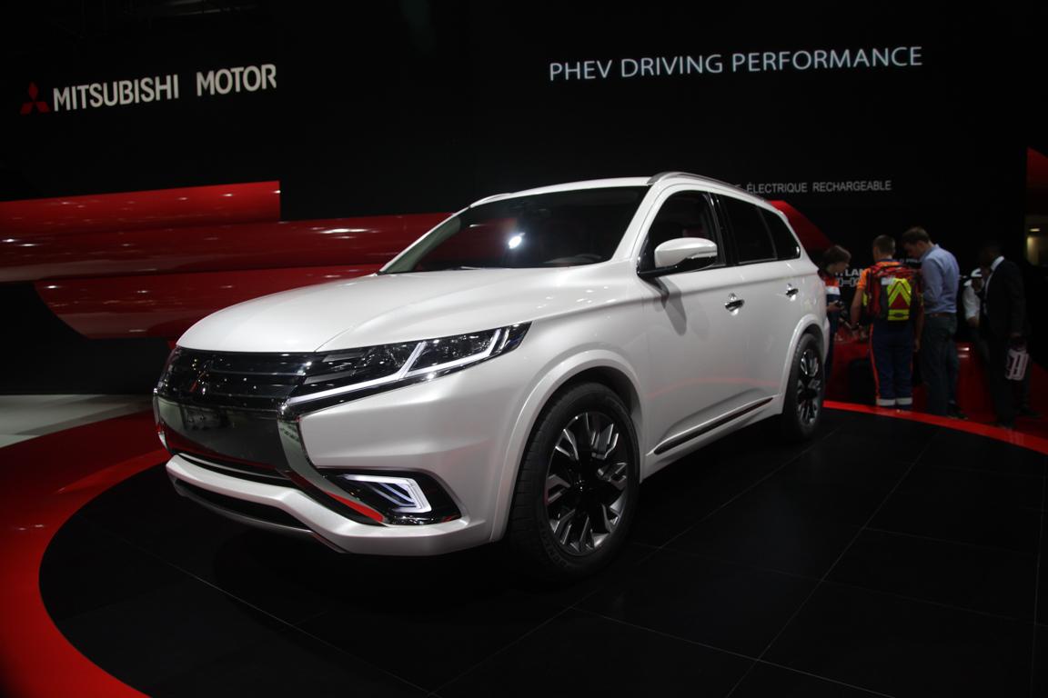 Mitsubishi Outlander PHEV Concept