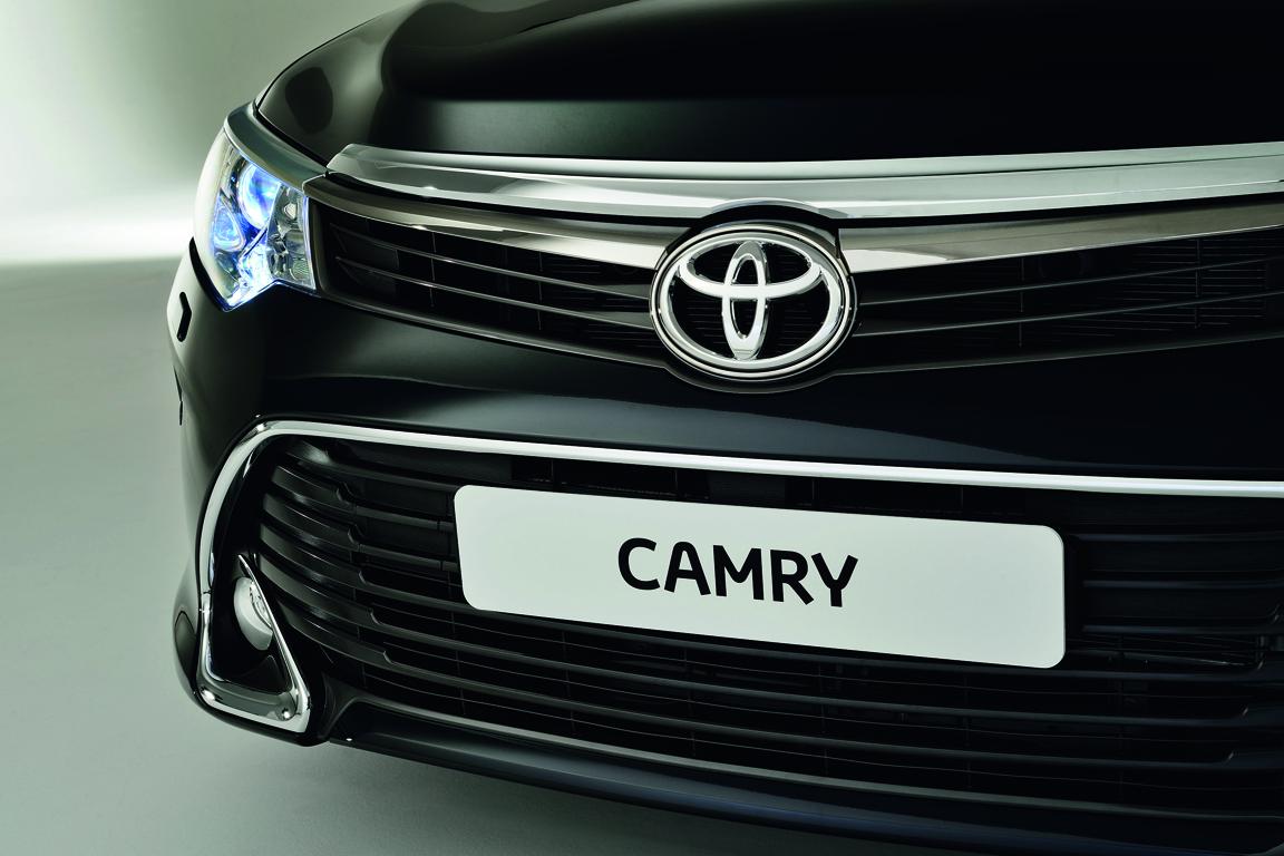 Toyota Camry (2014)