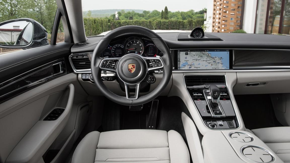Porsche Panamera 2018