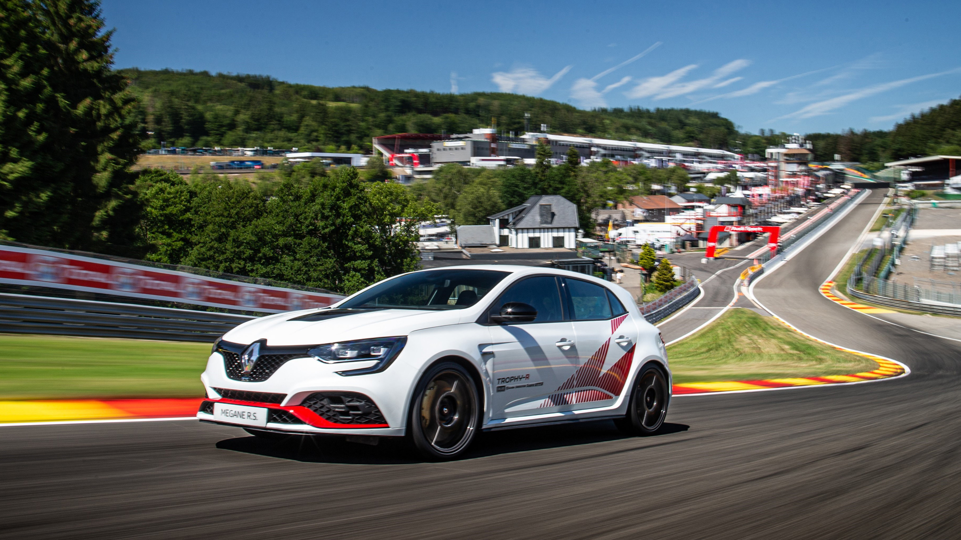 RENAULT MÉGANE R.S. TROPHY-R SETS NEW SPA-FRANCORCHAMPS LAP RECORD 240719 (LEAD).jpg