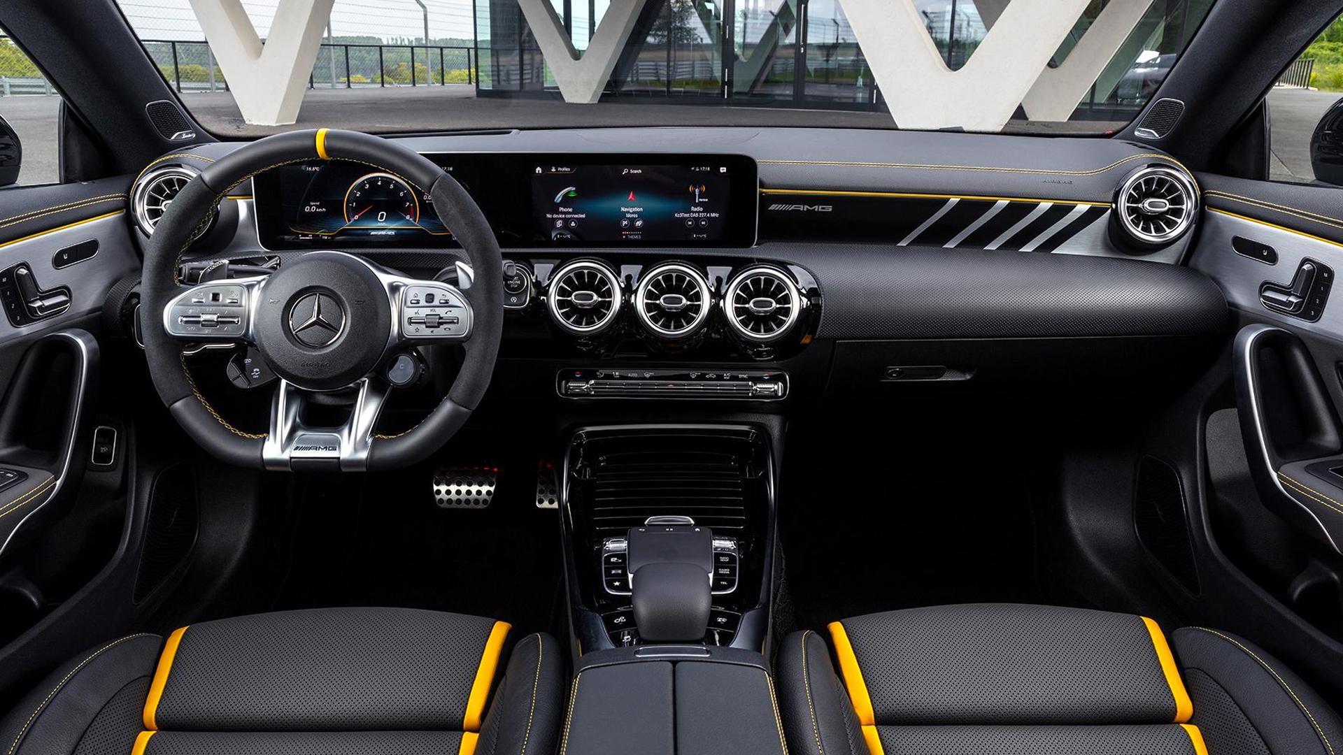 Mercedes-AMG A 45 S и CLA 45 S