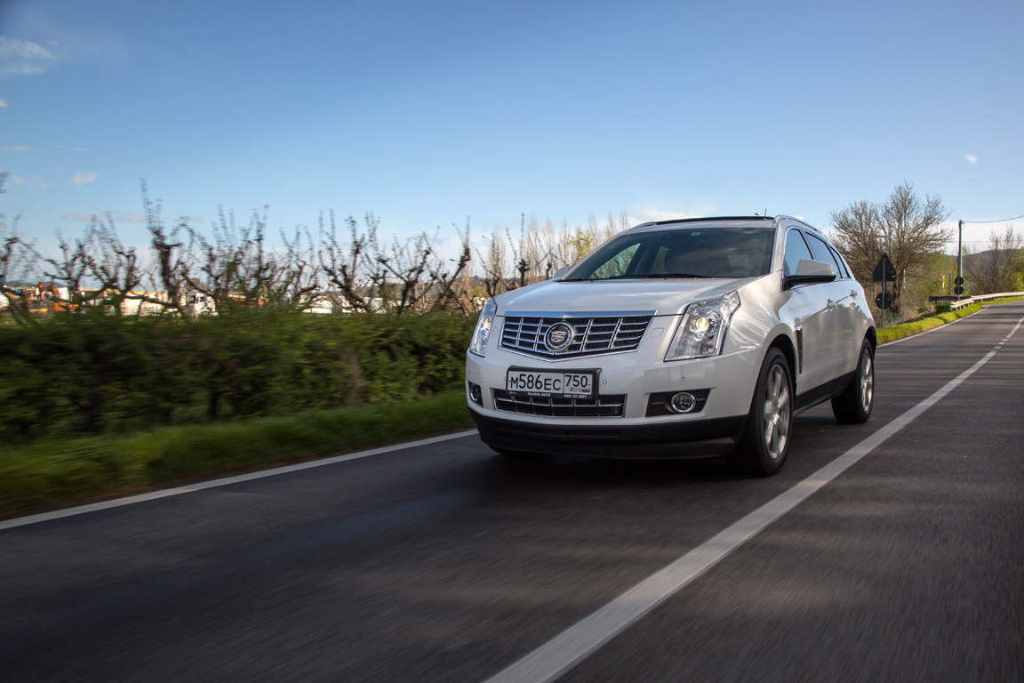 Cadillac SRX: Элемент красивой жизни
