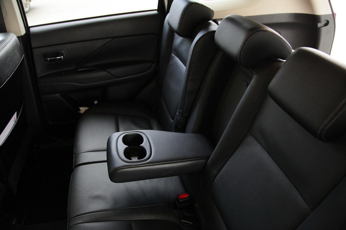 Mitsubishi Outlander: Юбилейный год