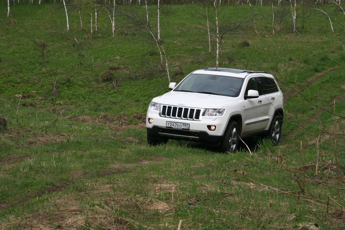 Jeep-Grand-Cherokee_14.jpg